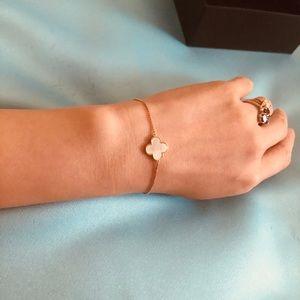 Van Cleef arples style bracelet
